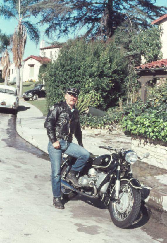 Motorcycle Lesbians 60