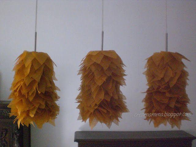"""Diario di una Creamamma: Lampadario """"new style"""" con calze a rete e carta di..."""
