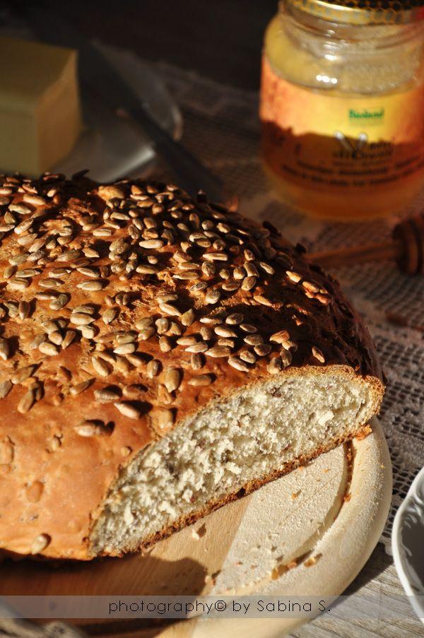 Due bionde in cucina: Pane integrale di farro e segale con semi di girasole e lino