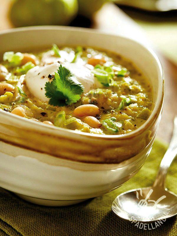 La Zuppa di carciofi e fagioli è gustosissima ma è anche un vero concentrato di nutrienti preziosi per il nostro organismo! #zuppadicarciofi