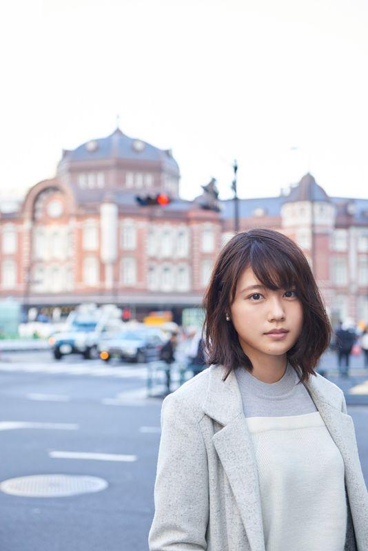 有村架純、2017年週めくりカレンダー発売! 沖縄・茨城、東京で撮影された70点以上の写真を使用 - AOLニュース