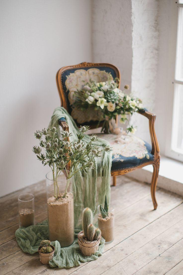 Зеленый, белый  свадебный букет. Утро невесты с AP decor. Свадьба в эко стиле. Зеленая свадьба Александра и Анны. В основе концепции песок и кактусы.