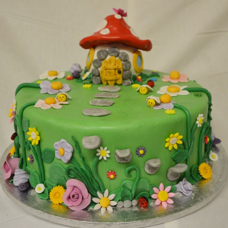 The Cake Artists - Mushroom / Fairytale cake with fondant flower detailing