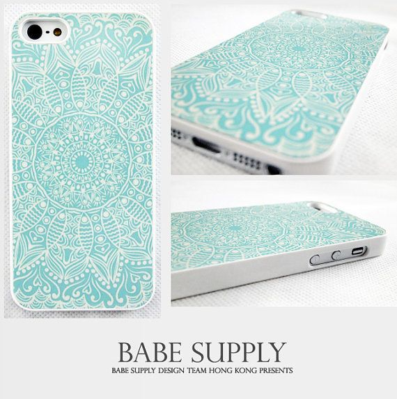 Mandala - iphone 4 cas, cas de l'iphone 4 s, iphone 5 cas, minorité Totem sur Etsy, $8.73 CAD - gift for friend?