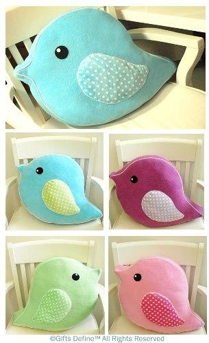 Almofadas fofas em formato de passarinhos :)