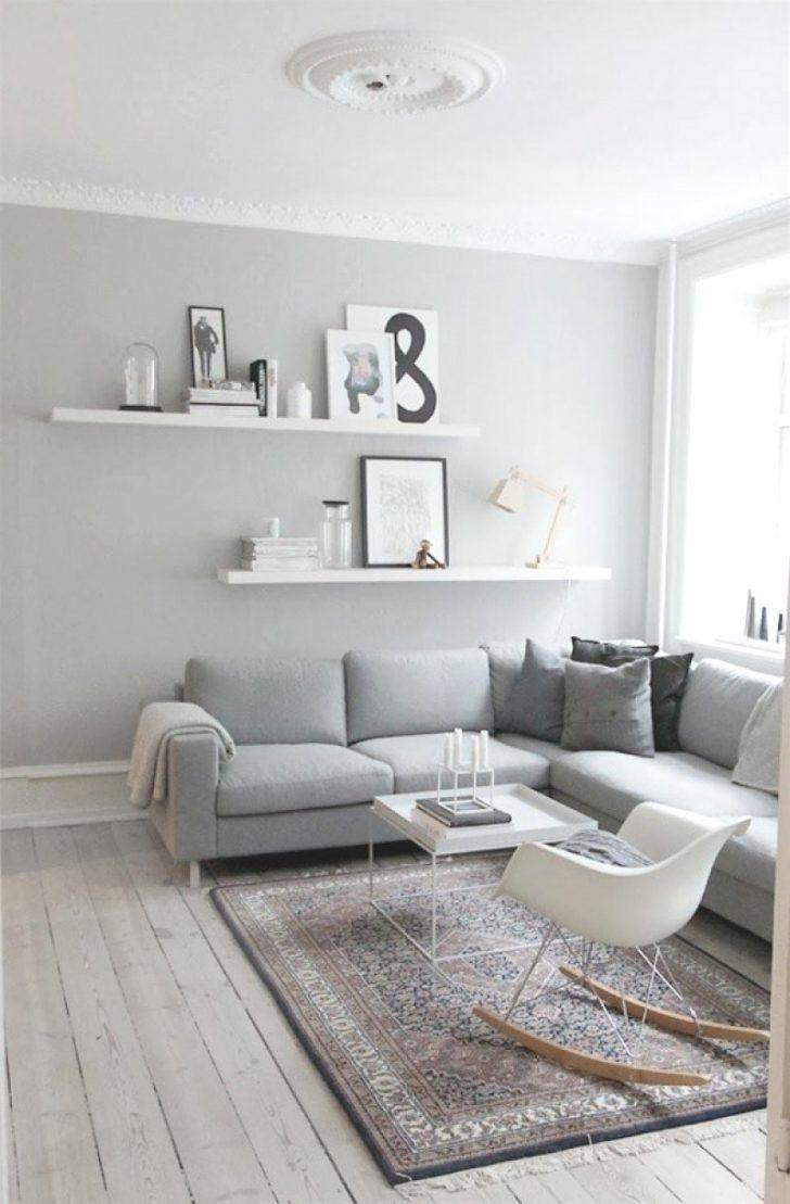 dekoration wohnzimmer grau weiß   winter living room, small
