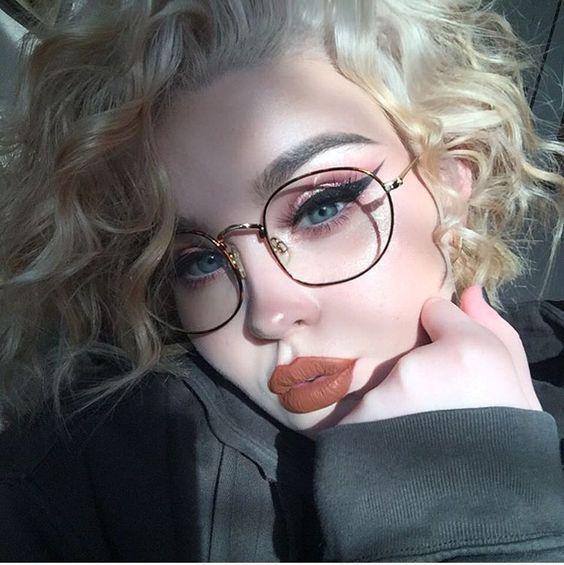 8 wichtigsten Brillen Make-up Tipps für Brillenträger – makeup inspiration