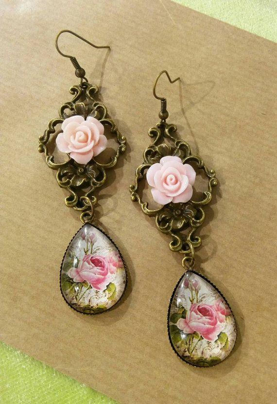 Guarda questo articolo nel mio negozio Etsy https://www.etsy.com/listing/484656578/shabby-chic-romantic-roses-on-bronze
