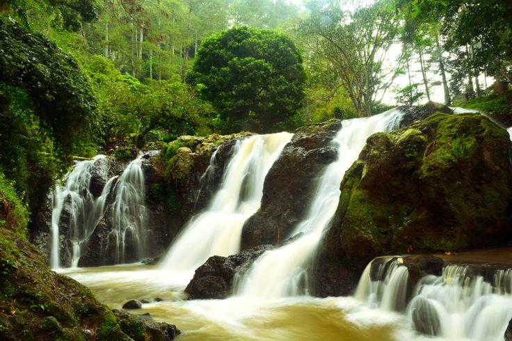 Maribaya Waterfall