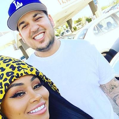 Hot: Rob Kardashian and Blac Chyna's Snapchat Shenanigans: Couple Grabs Burgers  and She Says 'I Want to Have a Baby!'