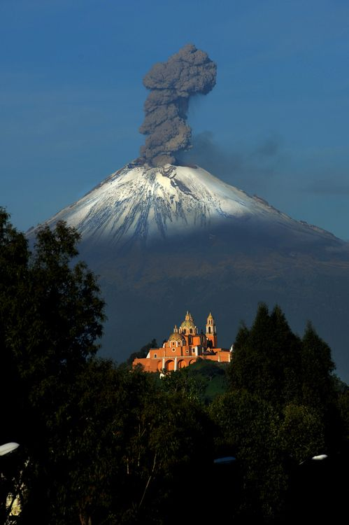 Mexico. Cholula's church, Puebla with Popocatepetl volcano in the background // by Cristobal Garciaferro Rubio
