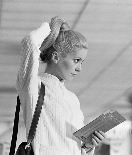 Catherine Deneuve in the film Manon 70, Sep 30 1967, Paris, France #elegant #chic #Stil