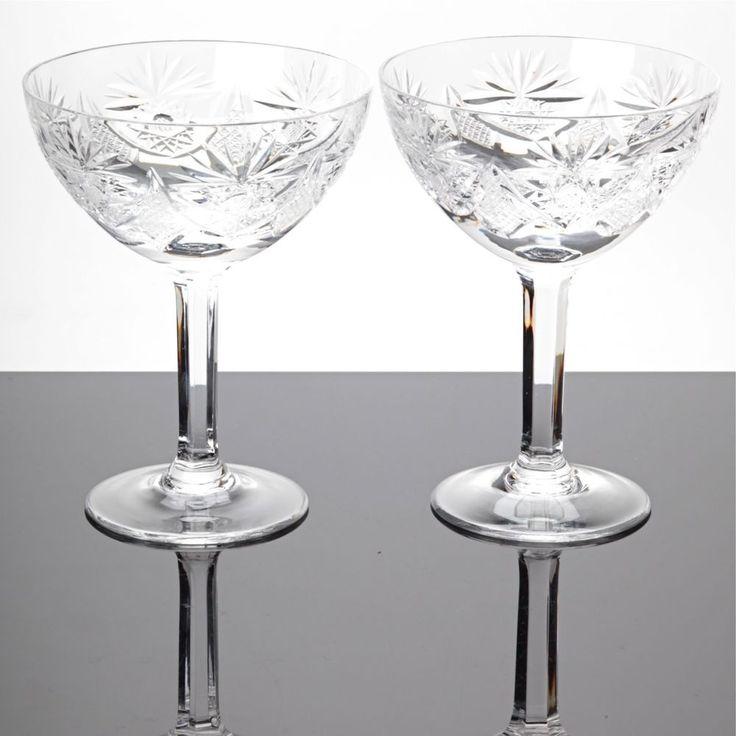 2 Sektschalen Champagnerschalen Sektgläser Bleikristall Gläser Schliff Stern