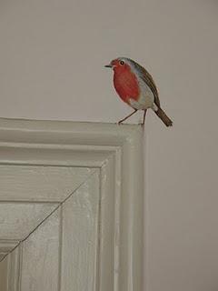 bird made by Petra Roest  'van het kastje naar de muur'