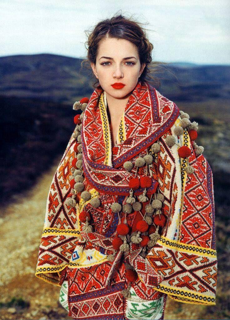 Alexander McQueen - Carpathian (Romanian) inspiration
