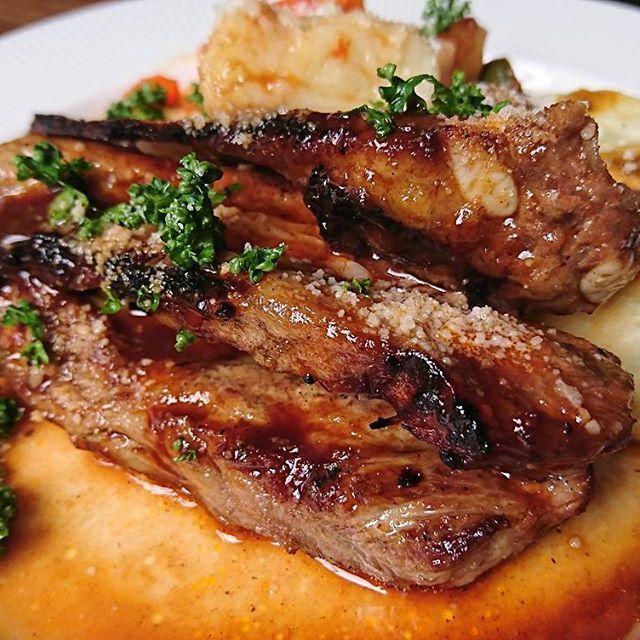 #ランチ#肉#美味しすぎる #ポークリブグリル#BBQソース #肉ランチ#ピザランチ#和泉 #coffee#lunch#beef#pork #Lugo#smokegrill#pizza #izumi#osaka
