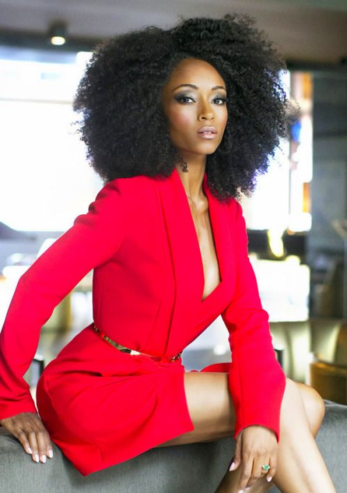Yaya Dacosta in SPLASH Fall Fashion 2015 edition.
