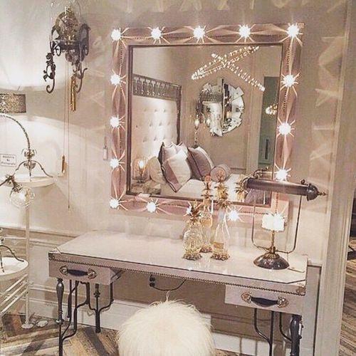 luxury, room, and light -kuva