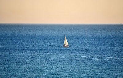 Σκέψεις: ένα καράβι με χιλιάδες ψυχές, γράφει ο Τάσος Ορφαν...