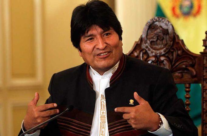 Evo Morales conmemoró el natalicio de Simón Bolívar