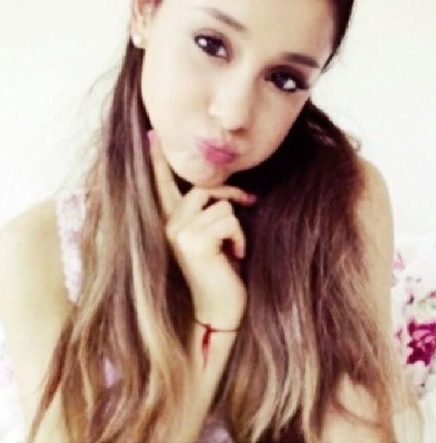Duck Face Quack Duck Faces Ariana Grande Tumblr Ariana Grande