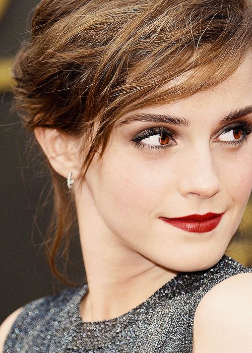 Emma Watson is my idol. Such a great inspiration to many people including myself.