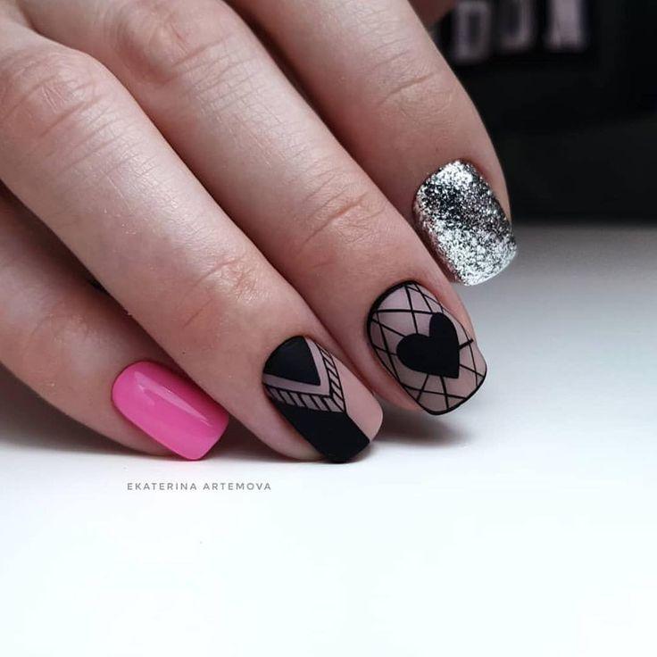 Мастер ▪️ @artemova_art_nail ・・・ #balakovo #nails #гельлакбалаково #матовыеногти #конфетти #ногтибалаково #маникюрбалаково