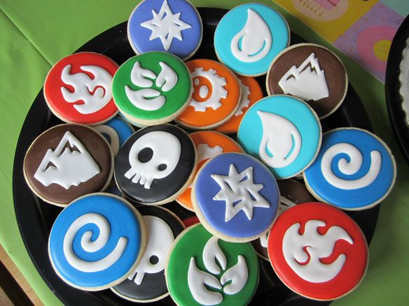 Skylanders Elements Sugar Cookies.......OMG I NEED these for Nick's bday!