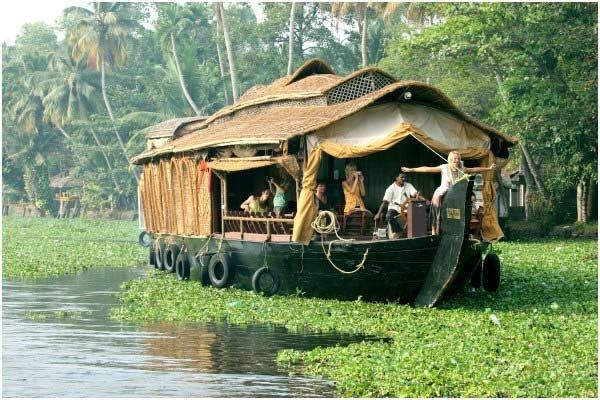 Backwater Houseboats - Kerala: Lovabl India, Kerala Houseboats, Houseboats India, India Plans, Future Indian, Amazing Place, Backwat Houseboats, Indian Adventure, Incr Kerala