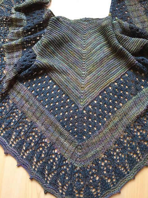 Amulet Shawl by Helen Stewart, knitted by kirstan | malabrigo Sock in Aguas and Persia