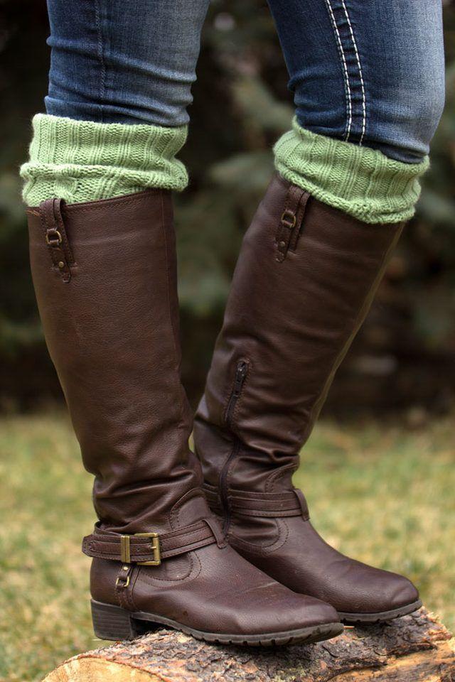 sweater-cowl-boot-socks