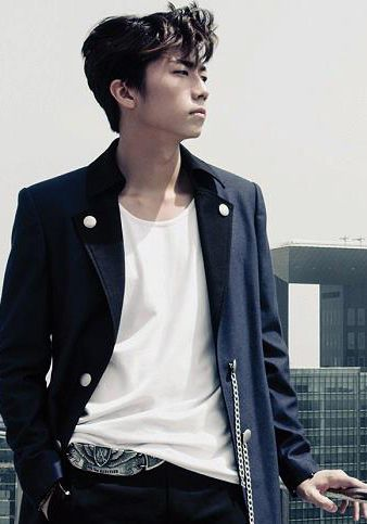 Wooyoung ♡ #2PM 3rd Album 'Grown'  That's a cool belt, I wonder why I never noticed till now?