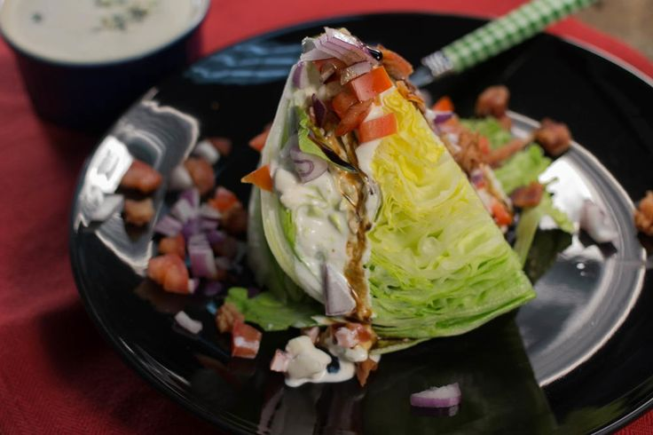 Copycat Outback Steakhouse Wedge Salad | This easy appetizer recipe goes so well with pretty much everything (not just steak). I especially love the dressing on it.