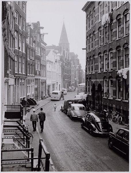 1954. Haarlemmer Houttuinen, Amsterdam. Gallery Urban Photos Rotterdam & Amsterdam #amsterdam #1954 #HaarlemmerHouttuinen