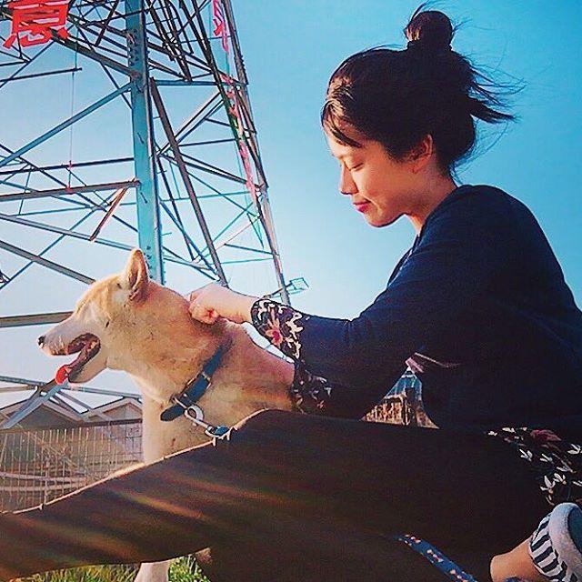 今日はまったり休日でした🌷 愛犬の散歩をのーんびりして ブラッシングしたり🐕 日光浴したり☀︎ お肌も休められて あったかな日、幸せだ〜🌈🦋🌼 ・ ・ #三重#散歩#愛犬#柴犬#犬#自然#好きなこと#日光浴#幸せ#休暇#写真#カメラ#ゴープロ#写真好きと繋がりたい #mie#sunnyday#happy#dayoff#chill#walk#japanese#dog#nature#sky#spring#instadaily#instagood#camera#photo#gopro