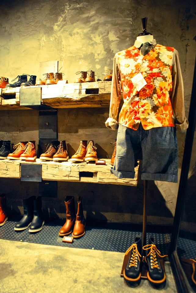 Red Wing Shoes Korea Hong-Dae Store