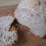 Pane semi integrale fatto in casa con la macchina del pane