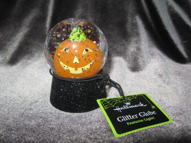 Hallmark 2011 Halloween Jack O Lantern Mini Glitter Snow Globe