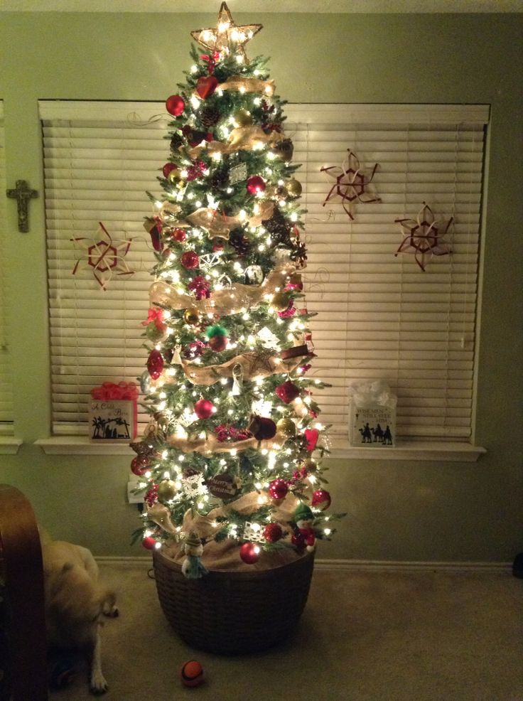 my longaberger extra large ware basket as a tree stand and my longaberger snowflakes - Extra Large Christmas Tree Stand