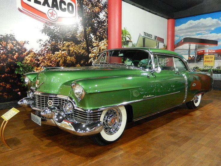 Veículos Vintage - Museu do Automóvel. Cadillac Coupe de Ville Ano: 1954 | Procedência: USA