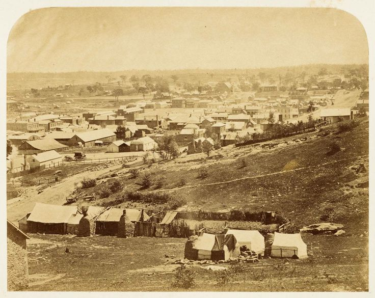 Castlemaine in the 1850's castlemaine-in-the-goldfields.jpg (1360×1082)