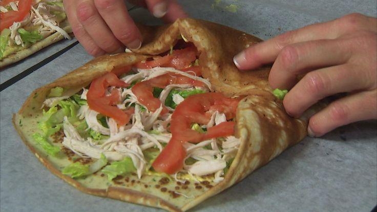 Mette Blomsterbergs opskrift på grove madpandekager. De er perfekte til madpakken, og kan fyldes med rester eller det kød, fisk og grønt, du bedst kan lide.