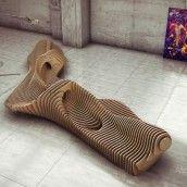 """Oleg Soroko est un jeune architecte et designer basé à Moscou, il nous présente ses travaux sur la conception paramétrique, qui ont donné naissance à la chaise """"Scate"""" et à un banc aux formes organiques..."""