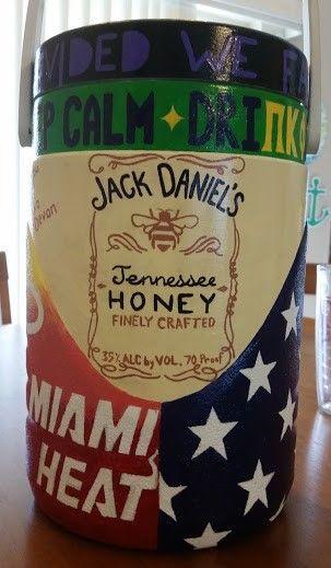 Jack Daniel's Tennessee Honey Whiskey buba keg (fraternity gift idea)