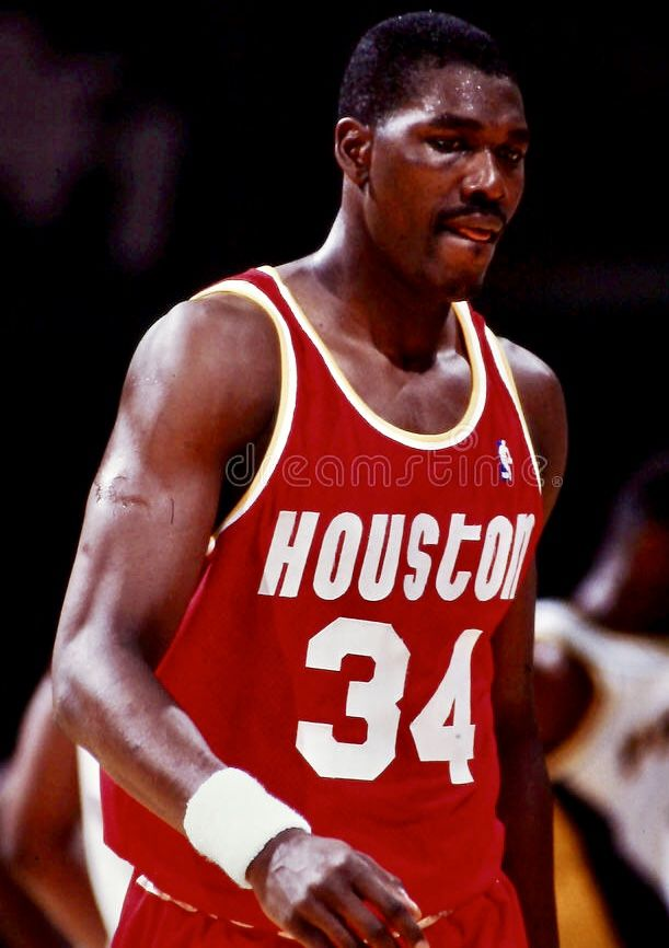Pin By Retaw On Hakeem Olajuwon Hakeem Olajuwon Houston Rockets Hakeem