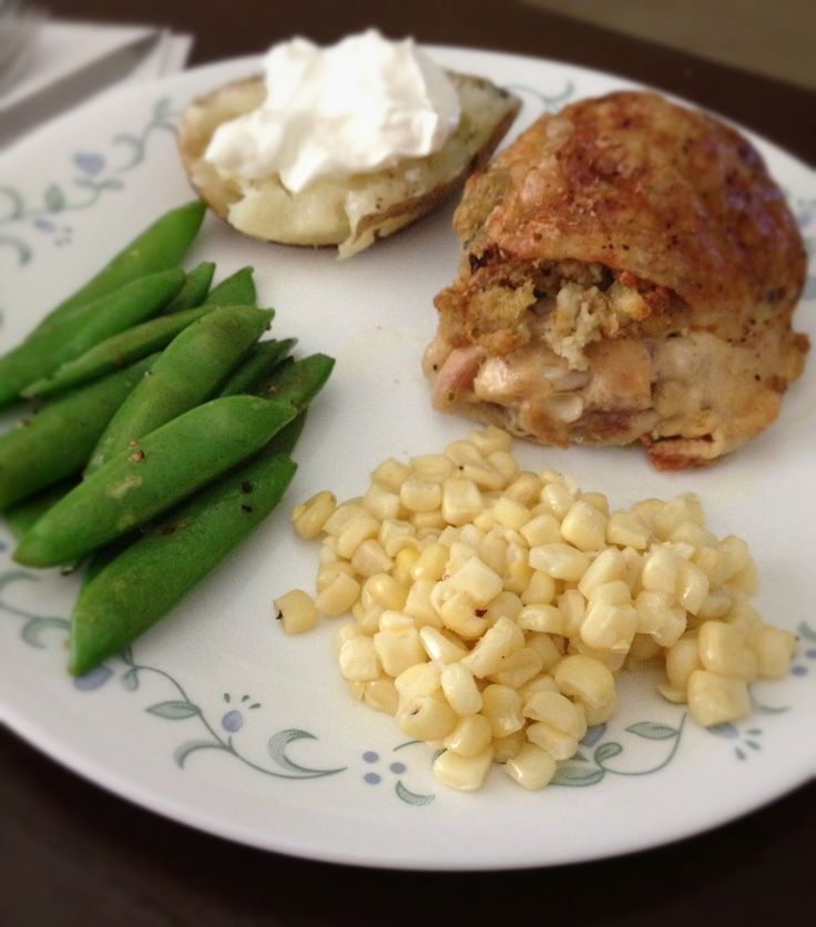 chicken thighs with oven baked potatoes, sweet corn and sugar snap ...
