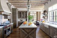 LOVE the color of the cabinets in this Kitchen : Gisele Bündchen and Tom Brady's House in Los Angeles
