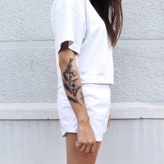 Chloe Alyshea Emily [Thrld Mag] | Minimal + Chic | @codeplusform
