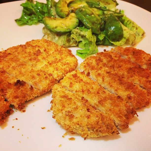 Pork cutlets cooked in airfryer