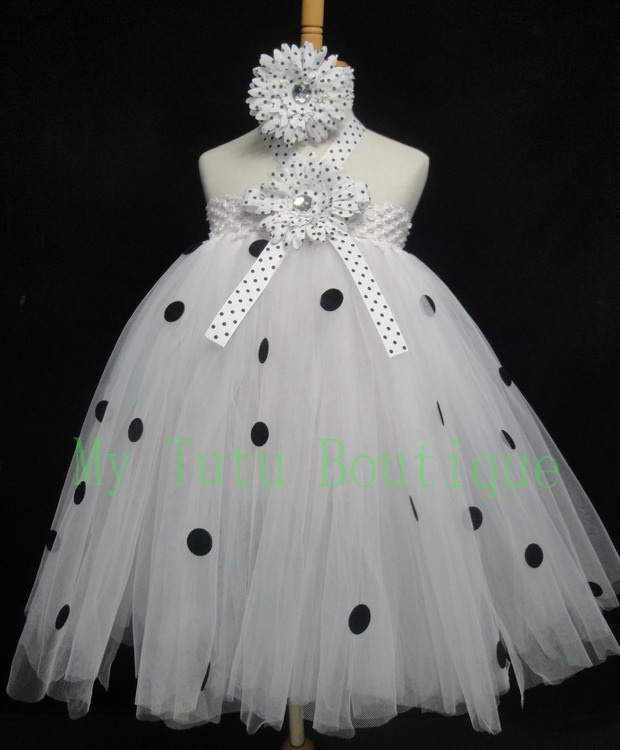 Little Cutie Dalmatian Tutu Dress  Think I'm gonna make this for Sophie's Halloween costume!